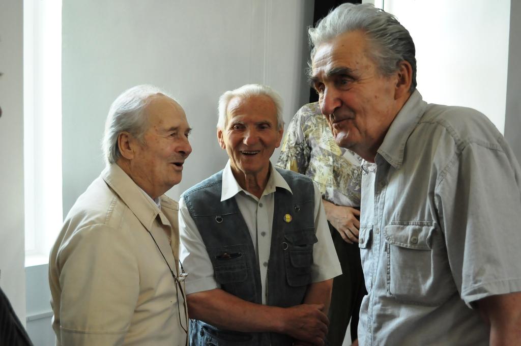 ilie.tudor.petre.totoescu.iul2011